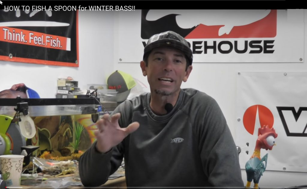HOW TO FISH A SPOON for WINTER BASS!